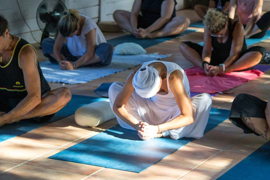 Formación de profesor de yoga España - www.beyoguievent.com