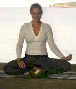 Become a yoga instructor - www.beyoguievent.com