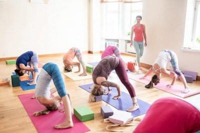 Devenir un instructeur de yoga - https://beyoguievent.com