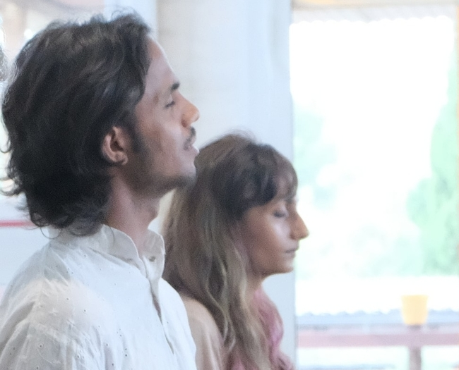 Vimal y Jenil YTTC BeYogui Event - https://beyoguievent.com/yoga-teacher-training-spain/